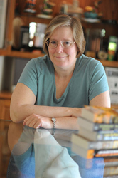 Lois McMaster Bujold. Image by Kyle Cassidy
