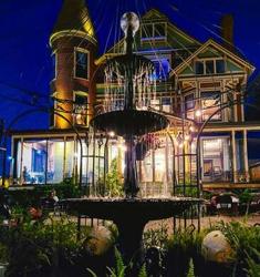 Baker Mansion. Image from Atlas Obscura
